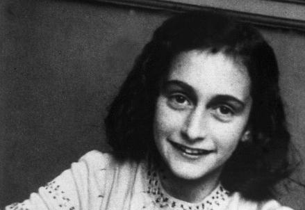 Anne-Frank_R439