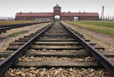 Auschwitz_R439
