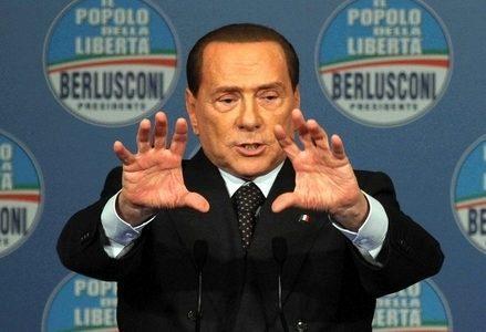 Berlusconi_mago_maniR439