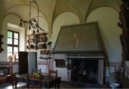 Castello-San-Pietro-cucina_R439