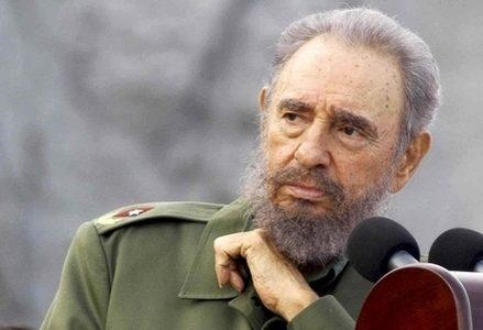 Castro_Fidel_PensierosoR439