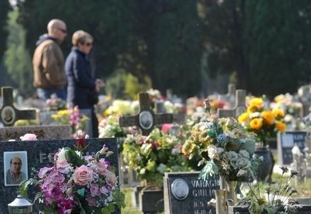 Cimitero_VisiteR439