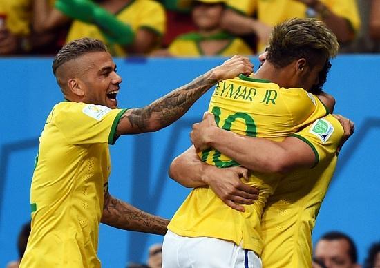 DaniAlves_Neymar_festa