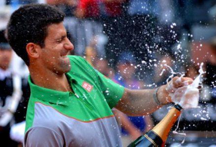 Djokovic_champagne