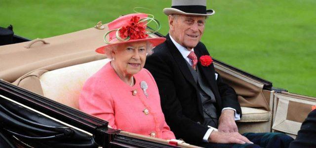 Regina Elisabetta Il 3 Aprile A Roma Per Incontrare Papa Francesco E Napolitano