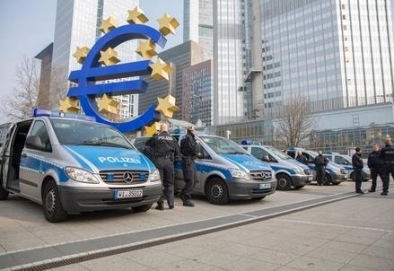 Euro_Bce_PoliziaR439