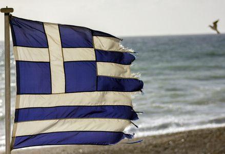 Grecia_bandiera_strappataR439