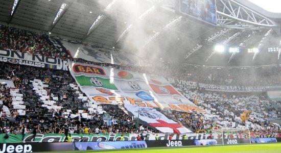 JuveStadium_scudetto32