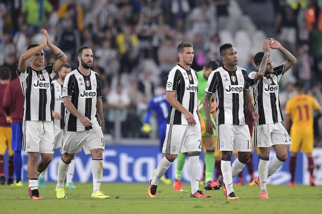 JuventusChampions_applausi