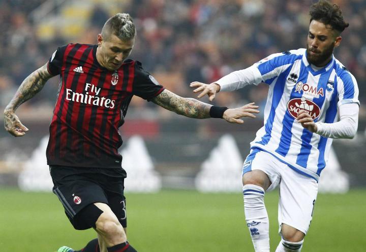 Kucka_Zampano_Milan_Pescara_lapresse_2017