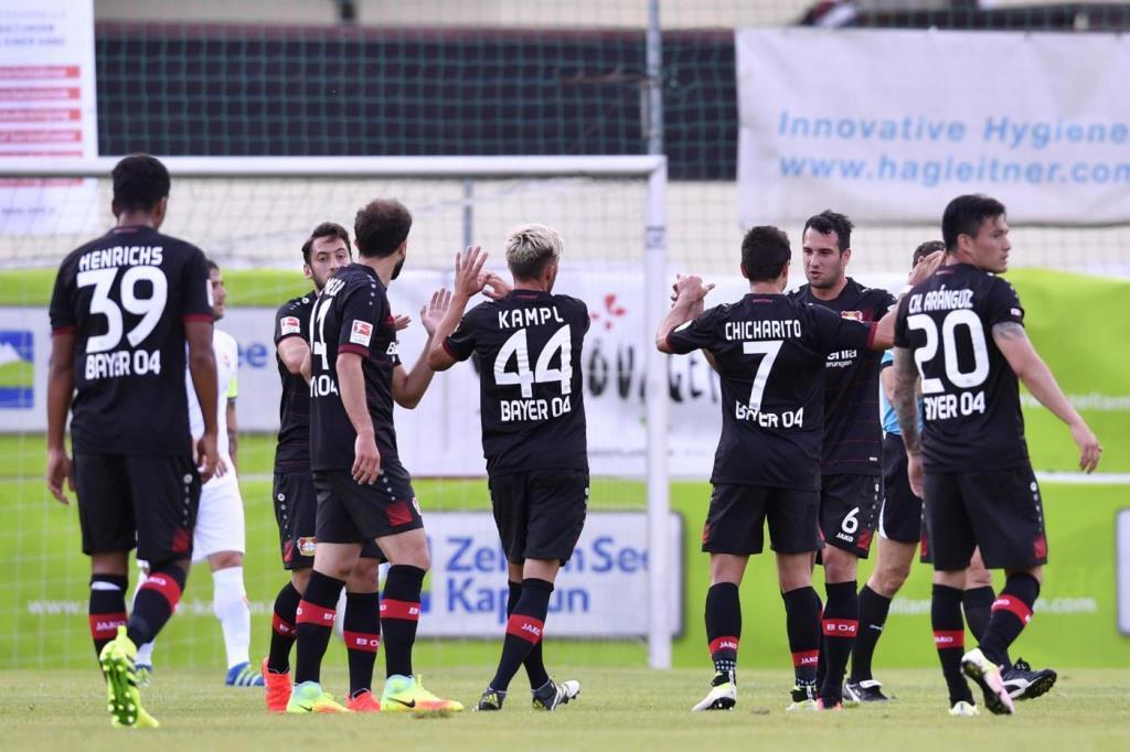 Leverkusen_gruppo