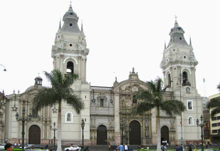 Lima_cattedrale_r439