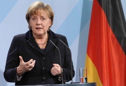 Merkel_Bandiera_GermaniaR439