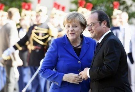 Merkel_Hollande_R439