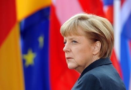 Merkel_Profilo_BandiereR439