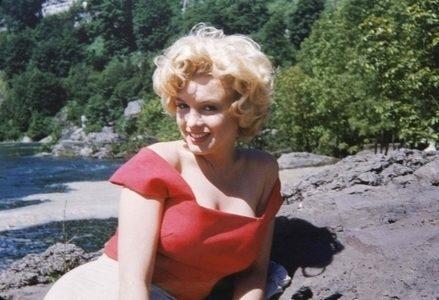 Monroe_MarilynR439