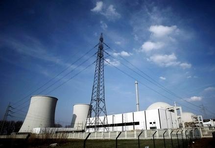 Nucleare_Centrale_traliccioR439