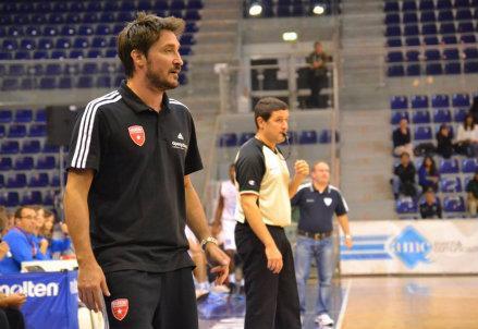 Pozzecco_coach_Varese
