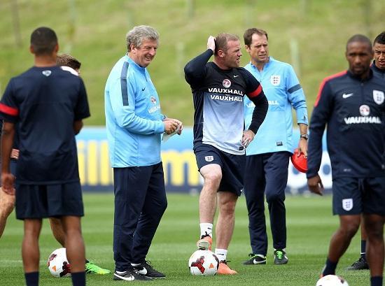 Rooney_Hodgson