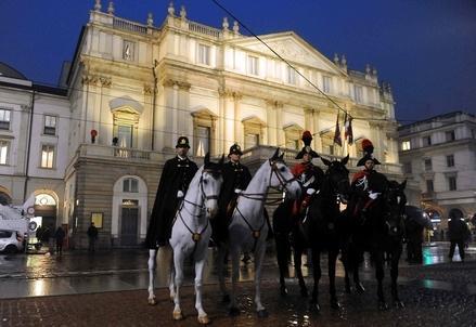 Scala_Milano_CarabinieriR439