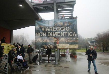 Strage_Viareggio_treni_vittime_parenti_sentenza