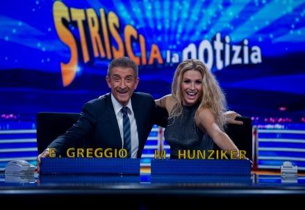 Striscia_Notizia_Greggio_Hunziker_r439