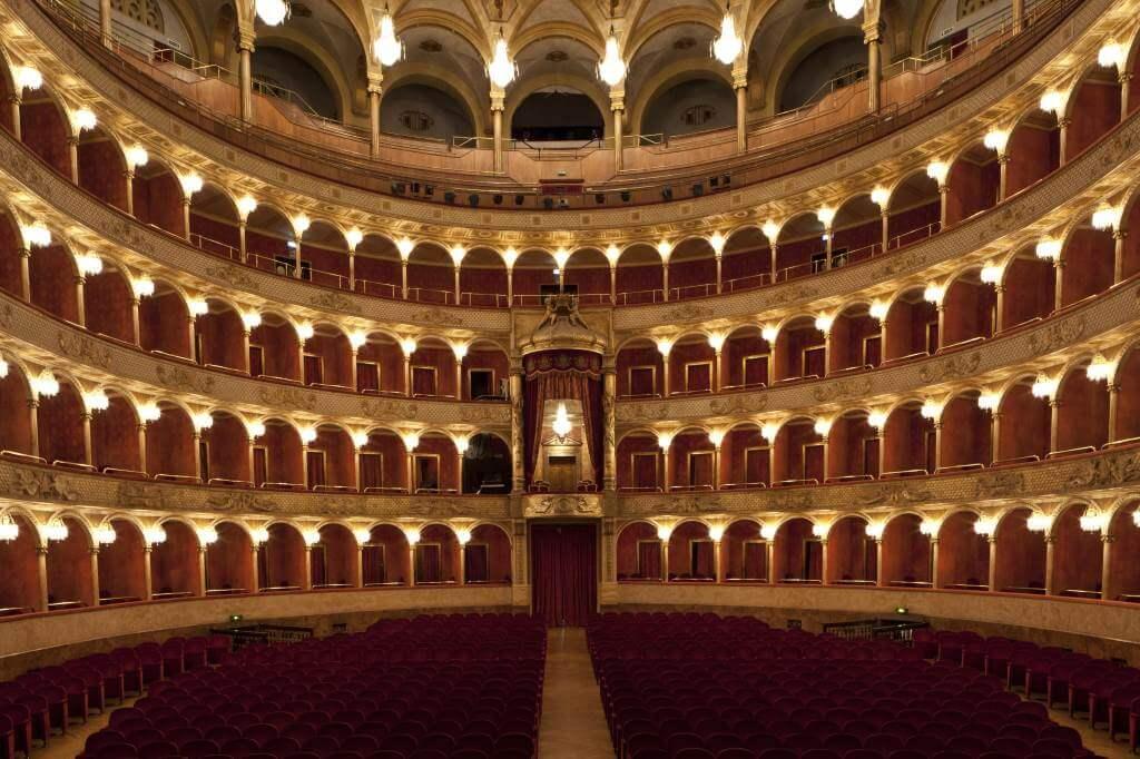 Teatro_dellOpera_di_Roma__Silvia_Lelli_20120119_53