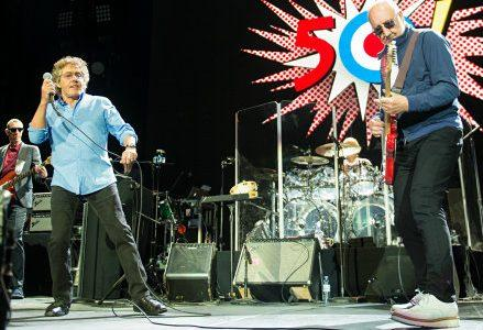 The-Who-Perform_R439