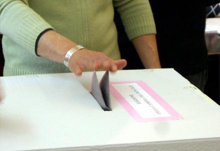 Urna_voto_elezione_Infophoto_439