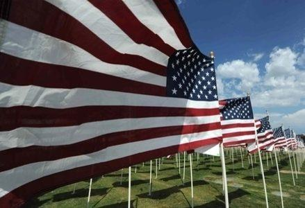 Usa_Bandiere_AmericaR439