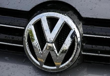 Volkswagen_R439