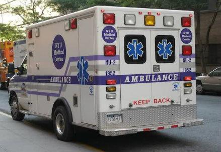 ambulanza_americana_R439