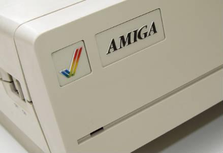 amiga_commodore_r439