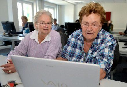 anziana_pensioni_opzione_donna