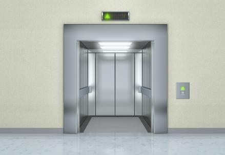 ascensore_istock_R439