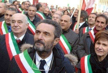 attiliofontana_protesta_sindaciR439