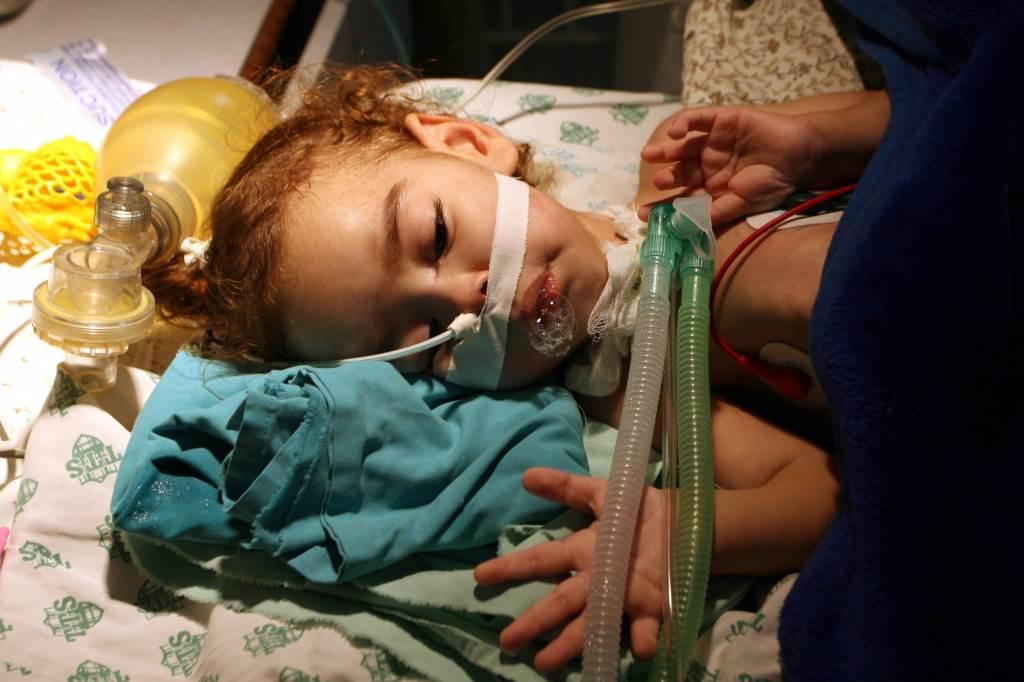 bambina_malata_ospedale