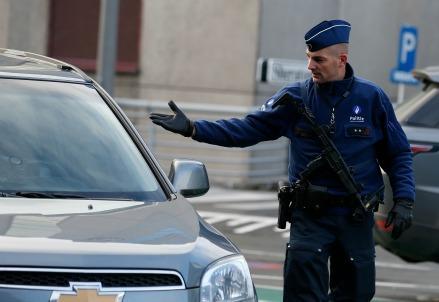 belgio_polizia_terrorismoR439