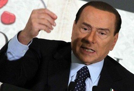 berlusconi_obliquo_manoR400