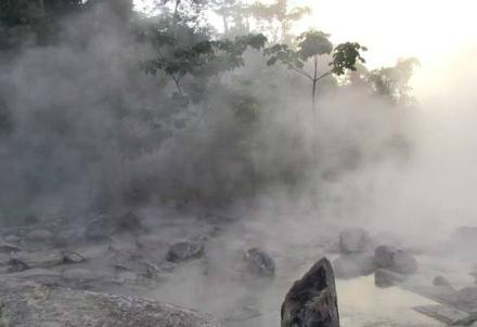 boiling-river_R439