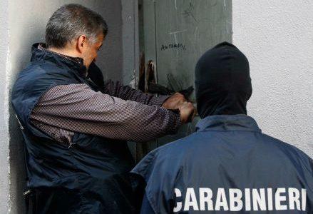 camorra_carabinieri_arrestoR439
