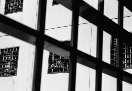 carcere_bn_sbarreR439