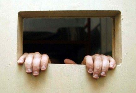 carcere_detenuto_prigioneR400