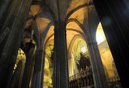 chiesa_interno_goticoR400