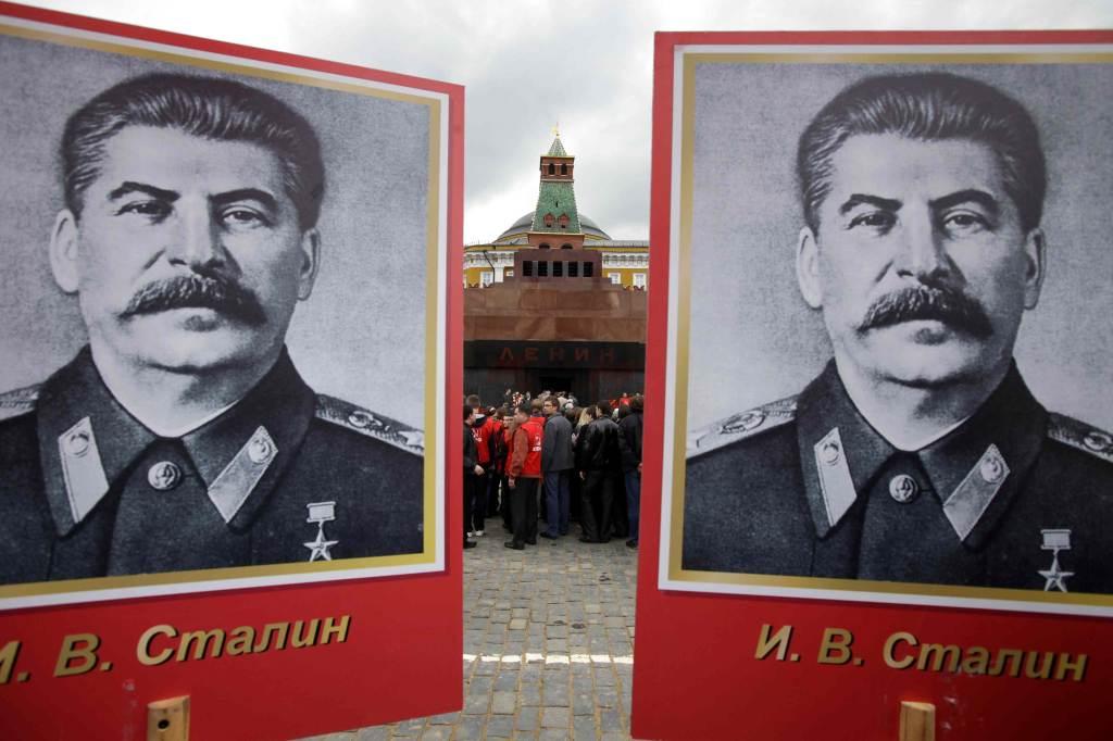 comunismo_stalinR400