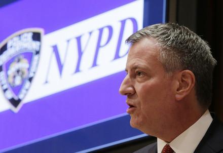 deblasio_polizia_newyorkR439
