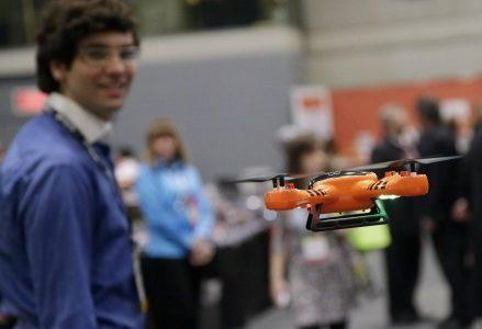 drone_robot_tecnologiaR439