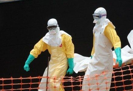 ebola_epidemiaR439