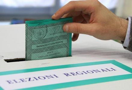 elezioniregionali_voto_urne2R439