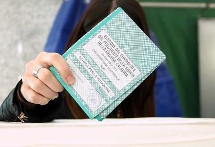 elezioniregionali_voto_urneR439